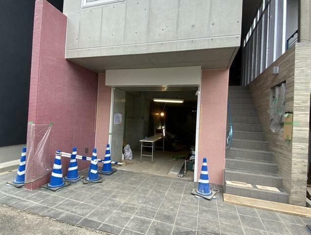下北沢駅徒歩4分 1F 新築!路面店舗物件(35236)【軽飲食可】外観