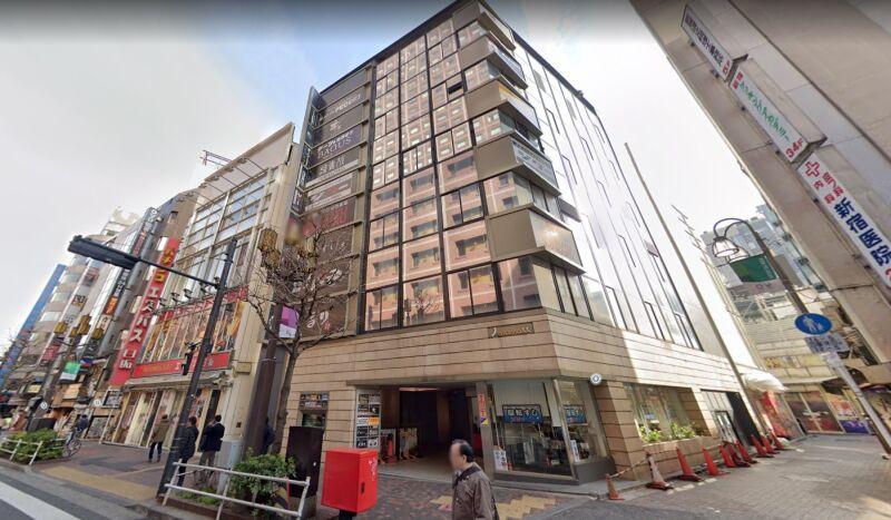 西武新宿駅 徒歩1分 スケルトン物件 【飲食可】外観
